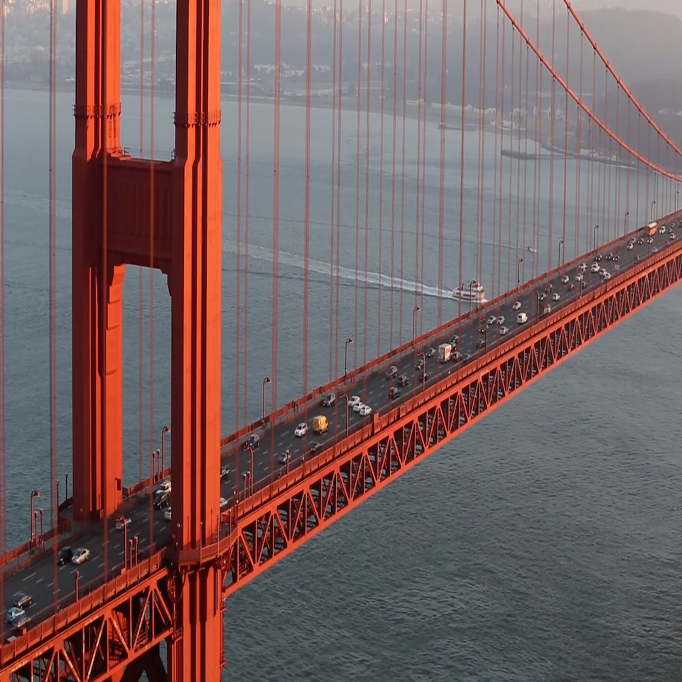 Un pont du Golden Gate plus sûr avec Road Zipper.
